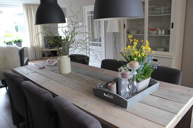 Woonkamer inrichting lampen for Moderne slaapkamer catalogus
