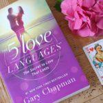 Het antwoord op al je vragen over het verbeteren van je relatie: the 5 love languages | Happy mind